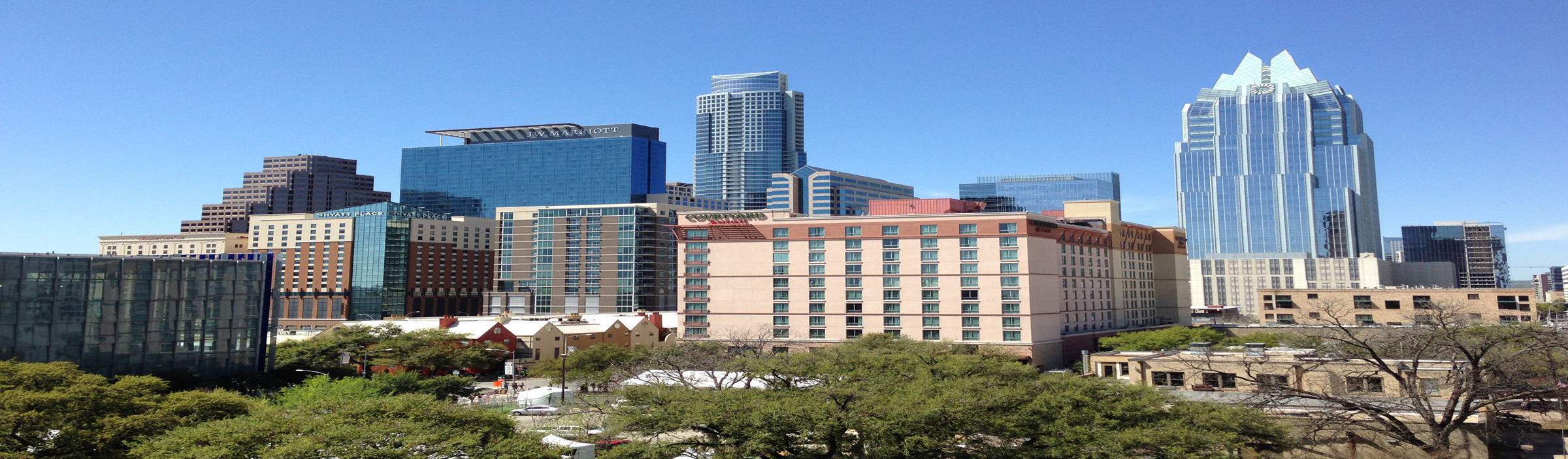 A photo of Austin's skyline, but stretched.